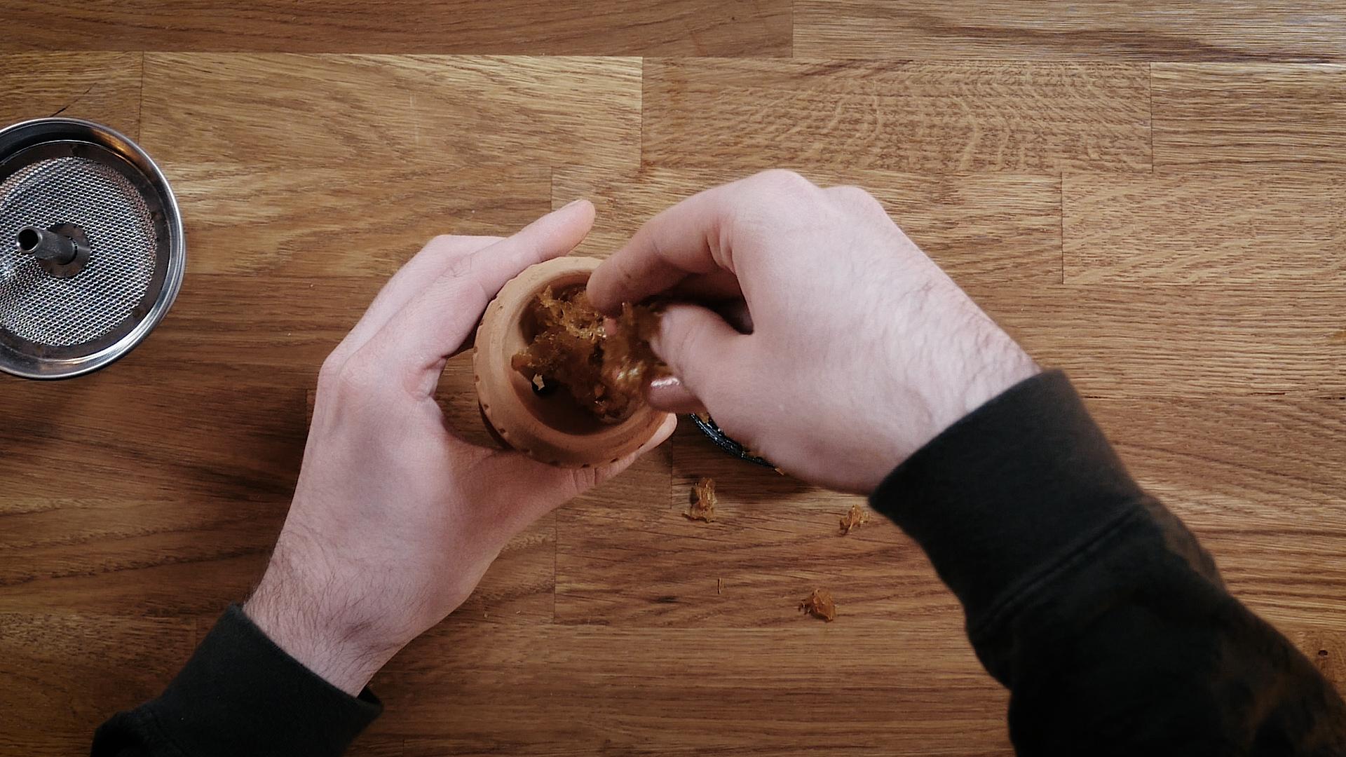 placer le tabac dans un foyer brohood