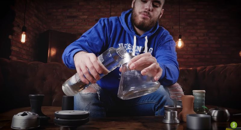 remplir vase chicha